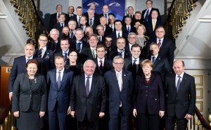 Family.picture.EPP Summit.18Dec.2014
